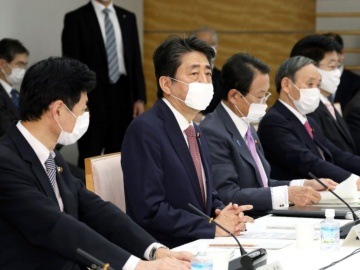 安倍首相、未来投資会議で新型コロナ感染症対策の具体化を指示