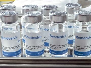 FDA、レムデシビルとクロロキンを併用しないよう警告