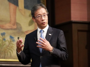 東京大、新基本方針で自律運営と学内外協働を強化へ