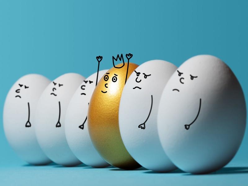 金の卵を産ませるためには、鶏を太らせるしかない