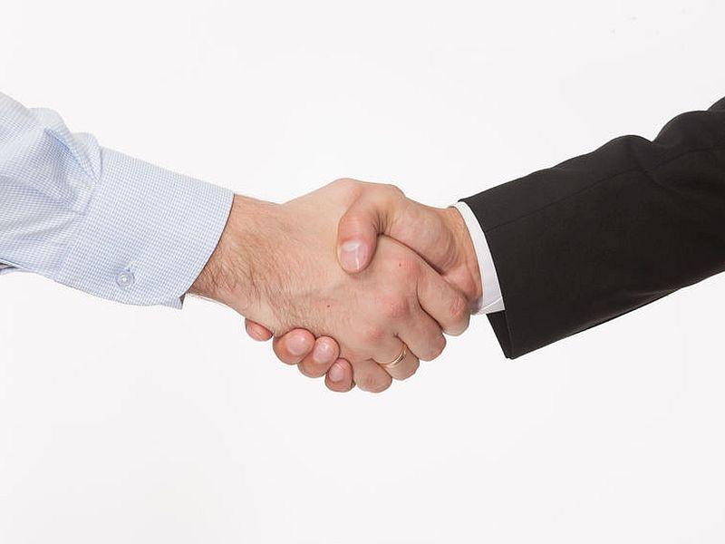 創薬ベンチャーの導出契約 2017